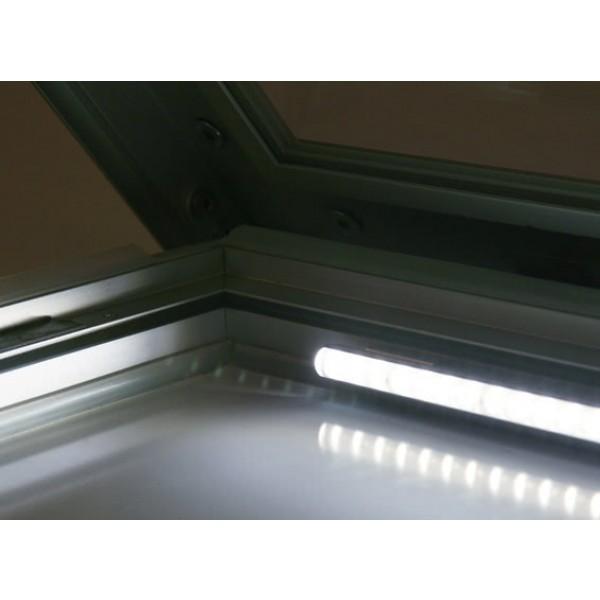 schaukasten premium led bt46 outdoor detail beleuchtung 1 5