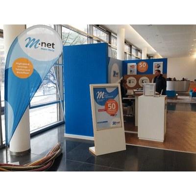 Shopsystem M-Net Individuelle Ausführung & Format - Shop-Systeme-M-Net-Beachflag